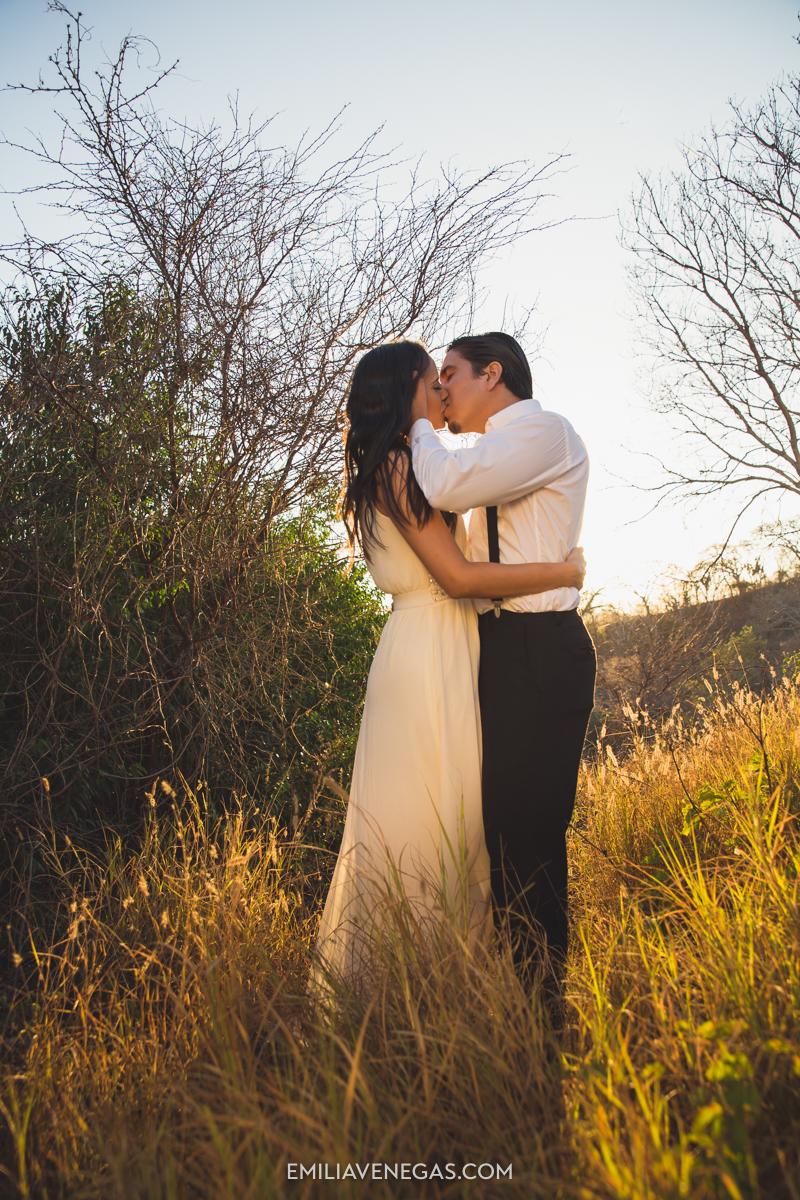fotografia-bodas-parejas-novios-san-lorenzo-playa-13.jpg