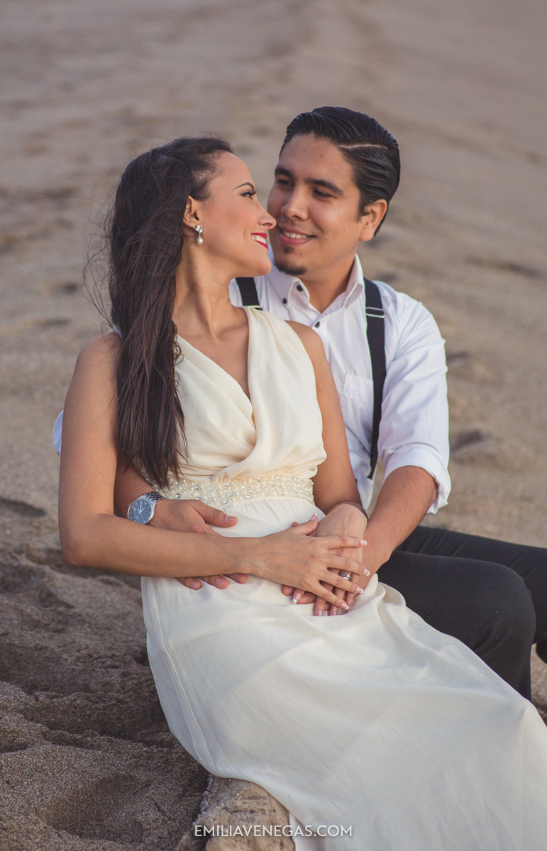 fotografia-bodas-parejas-novios-san-lorenzo-playa-16.jpg