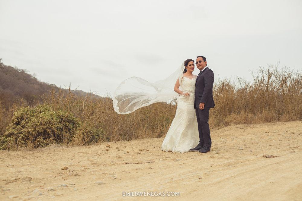 fotografia-pareja-novios-boda-Bahia-Manabi-1.jpg