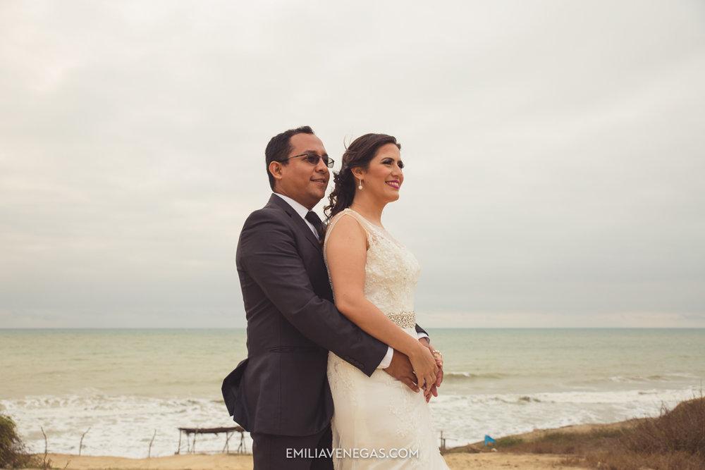 fotografia-pareja-novios-boda-Bahia-Manabi-5.jpg