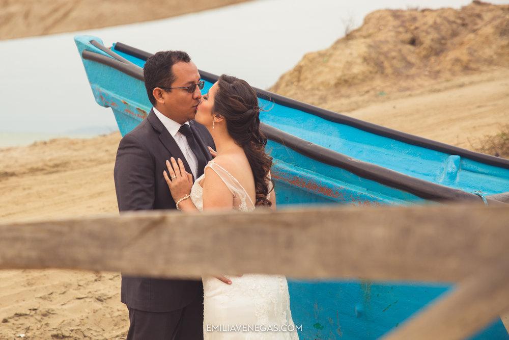 fotografia-pareja-novios-boda-Bahia-Manabi-9.jpg