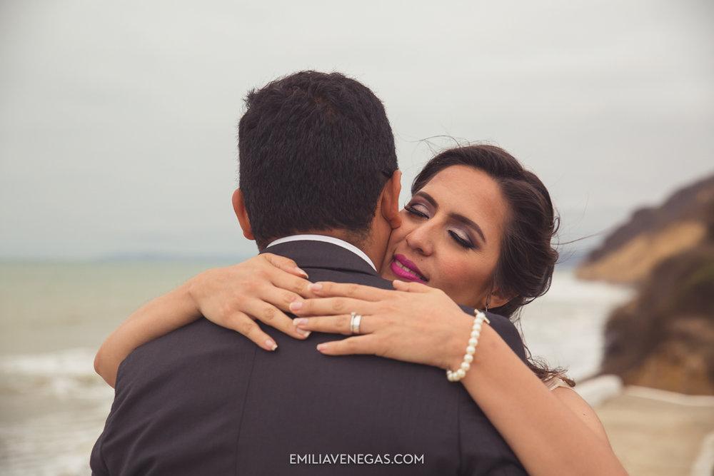 fotografia-pareja-novios-boda-Bahia-Manabi-17.jpg