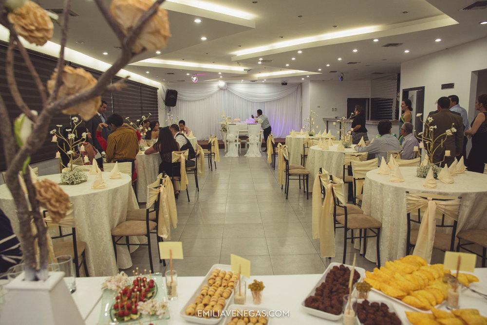 fotografia-pareja-novios-boda-civil-Portoviejo-Manabi-3.jpg