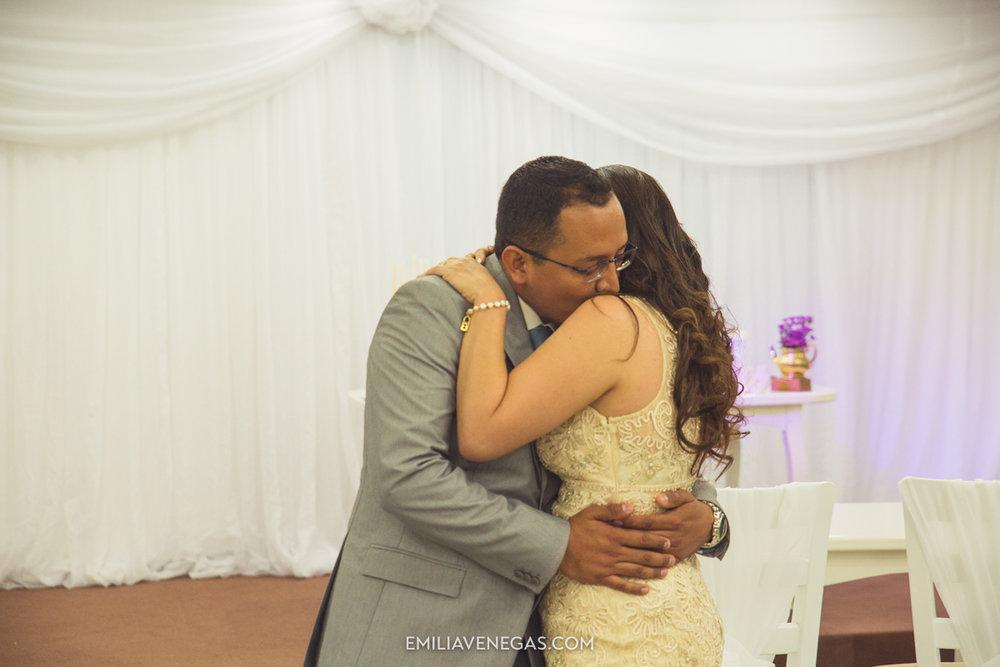 fotografia-pareja-novios-boda-civil-Portoviejo-Manabi-15.jpg