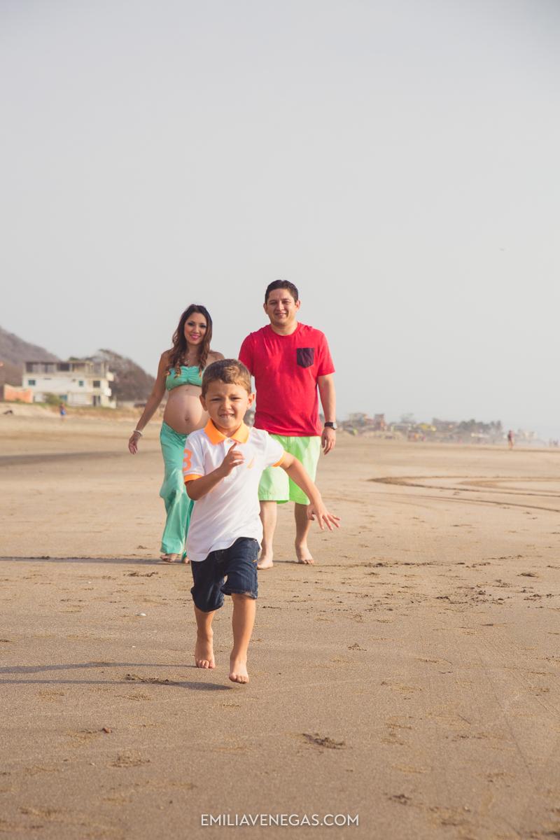 fotografia-embarazo-playa-Portoviejo-Manabi-11.jpg