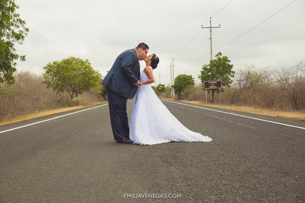 fotografia-boda-playa-parejas-novios-Portoviejo-Manabi-5.jpg