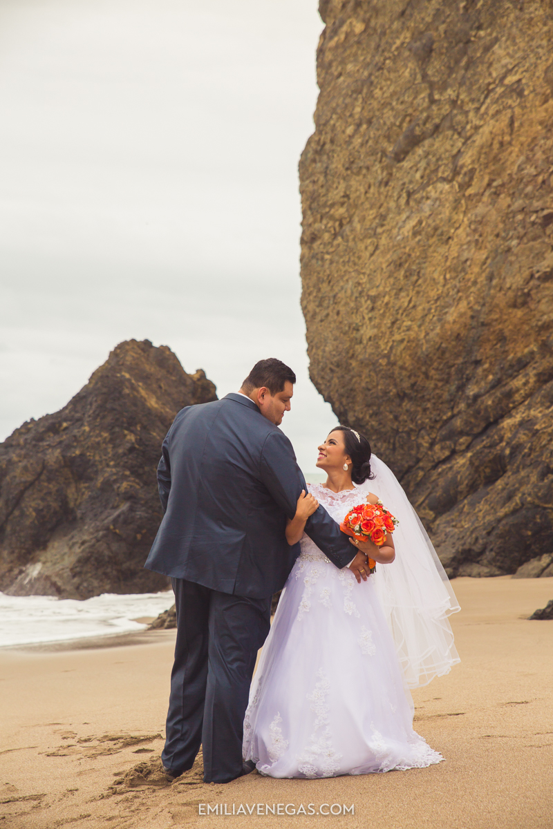 fotografia-boda-playa-parejas-novios-Portoviejo-Manabi-7.jpg