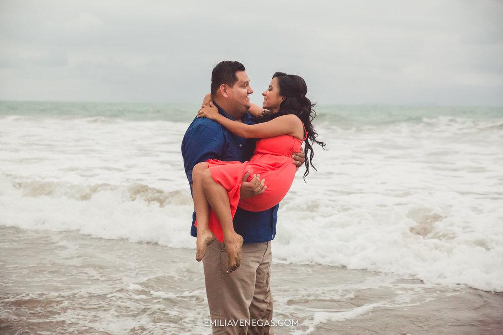 fotografia-boda-playa-parejas-novios-Portoviejo-Manabi-18.jpg