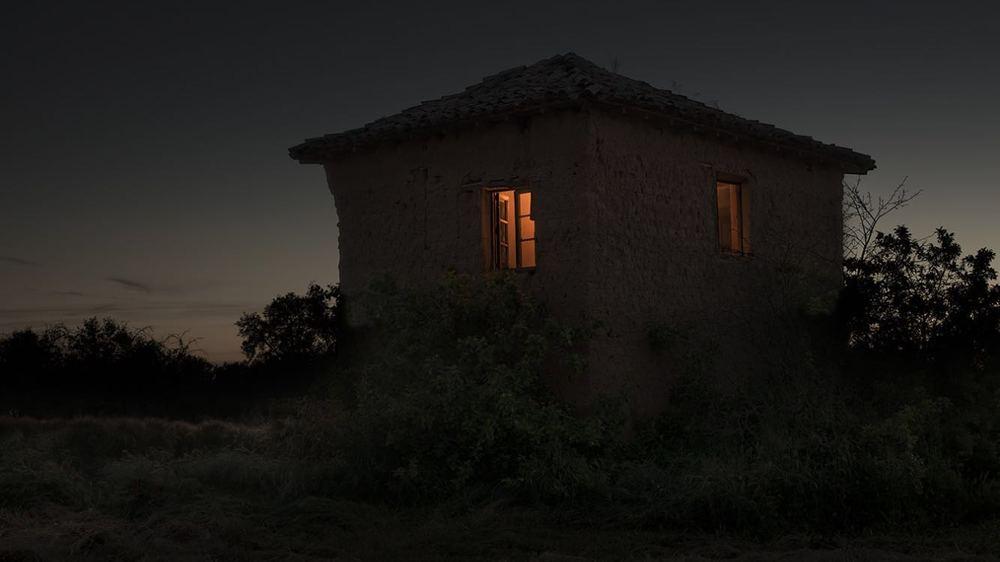 """""""Renacer"""" (Tierra de Campos), 2016. Fotografía Impresa con tintas pigmentadas en papel Hahnemühle Photo Rag Baryta de 315 g 70 x 105 cm. Ed. 2 + 1 PA y 24 x 35 cm. Ed. 20"""