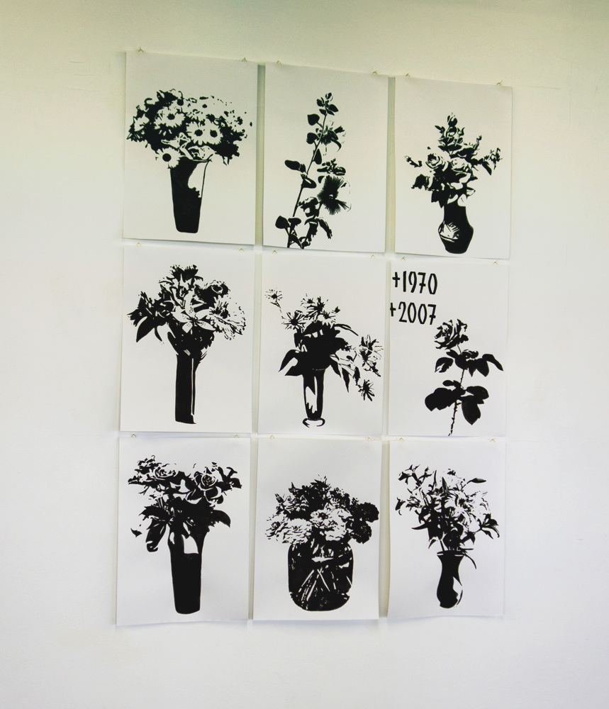 S/T Tinta sobre papel. 60 x42 cm (cada uno). 2012