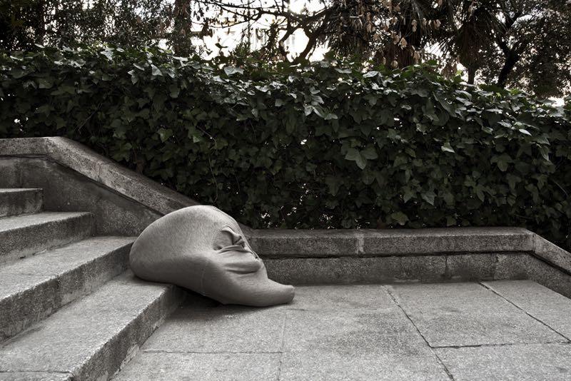 """""""Una estrategia de la apariencia #10"""", 2011.Fotografía digital/pape. 33x50 cm."""