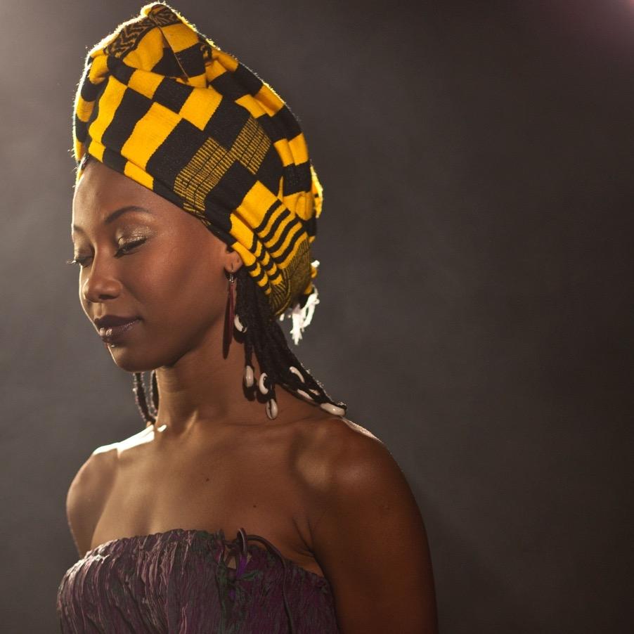 Fatoumata Diawara (foto:Serena Aurora Erotico)