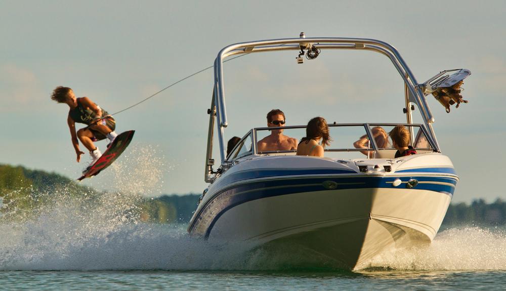 GLS 215 wakeboard.jpg