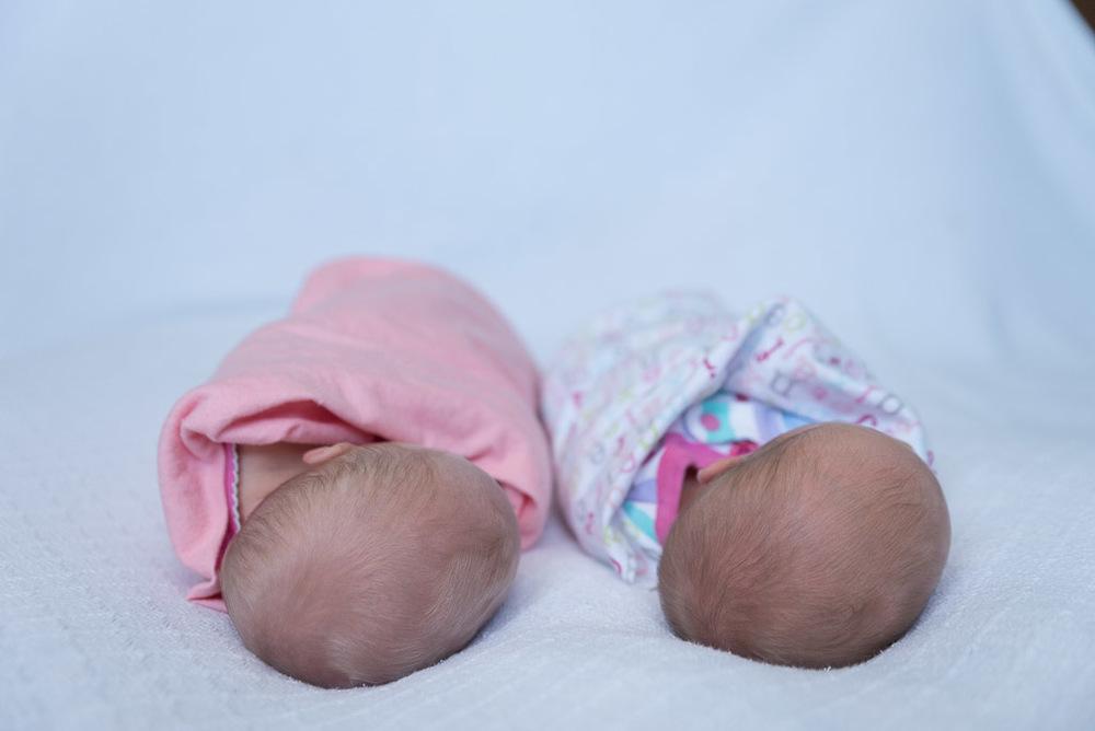 Lifestyle Newborn Twins - Muir Image Photography -3.JPG