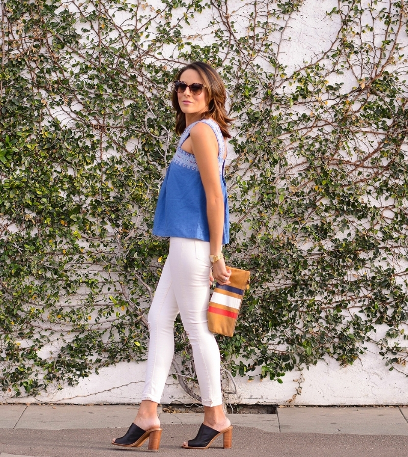 Madewell_Streetfashion_ClareVavier_Clutch_FourthofJuly_TopShop_WhiteJEans.jpg
