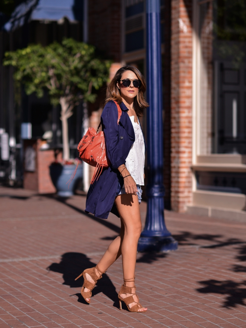 Levis_TopShop_HandM_Zara_Balenciaga_GasLamp.jpg
