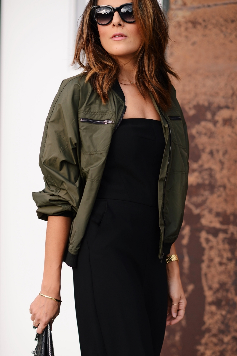 ParisAndMeBoutique_ArmyJacket_Bomber_ArmyGreen_Topshop_StuartWeitzman_Chanel_Jumpsuit_ParpalaJewelry_Fashion_Streetfashion_LucysWhims.jpg