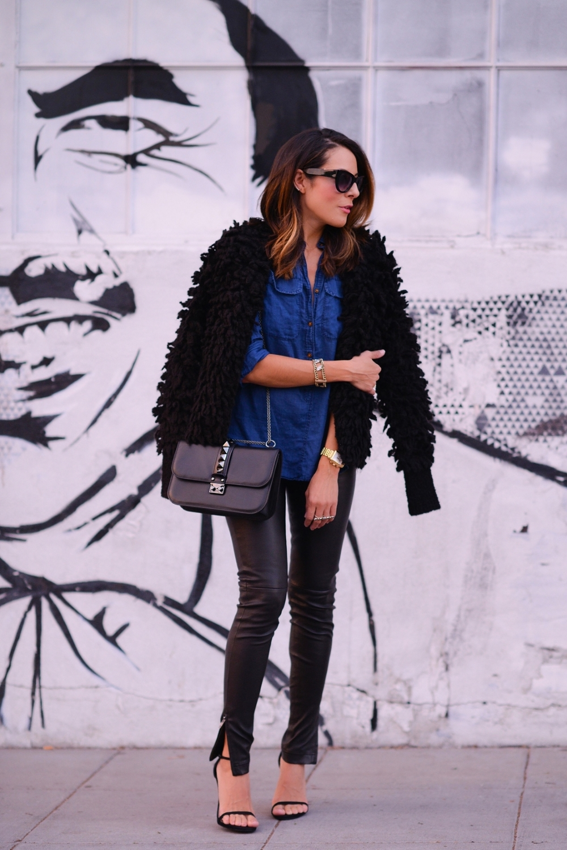 Jcrew_Sweater_LeatherPants_StuartWeitzman_FashionBlogger_LucysWhims_Streetstyle_Valentino_Rockstud.jpg