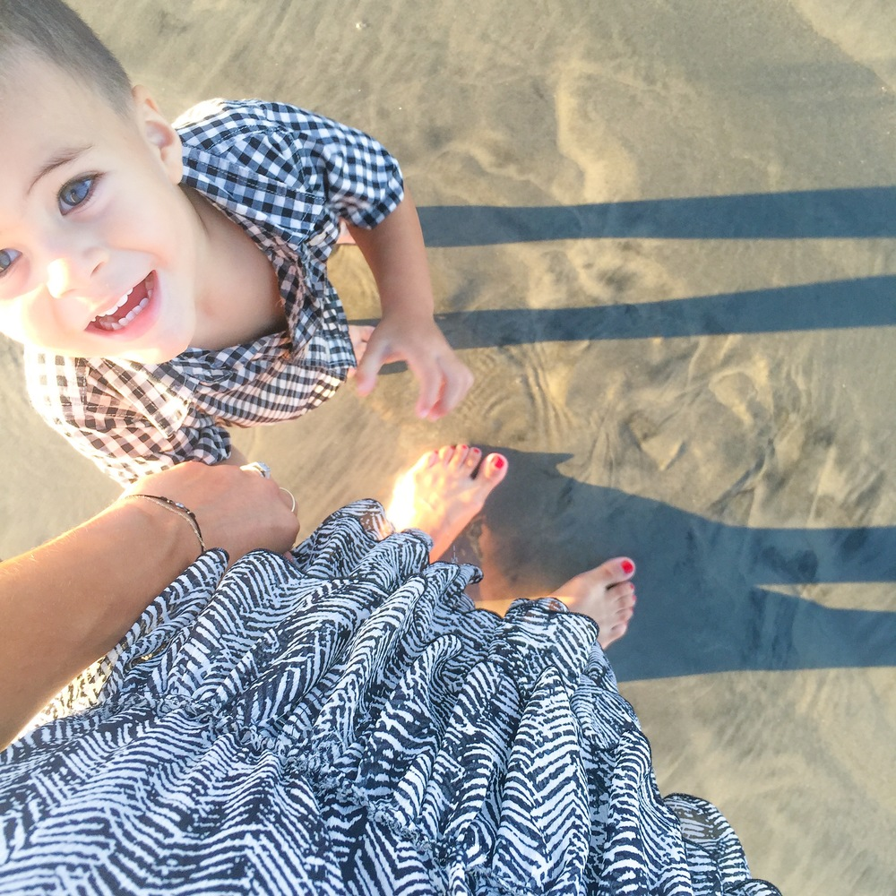LucysWhims_Family_DorianOliver_GiftGuide_ChildrensGifts_SanDiego_Beach.jpg