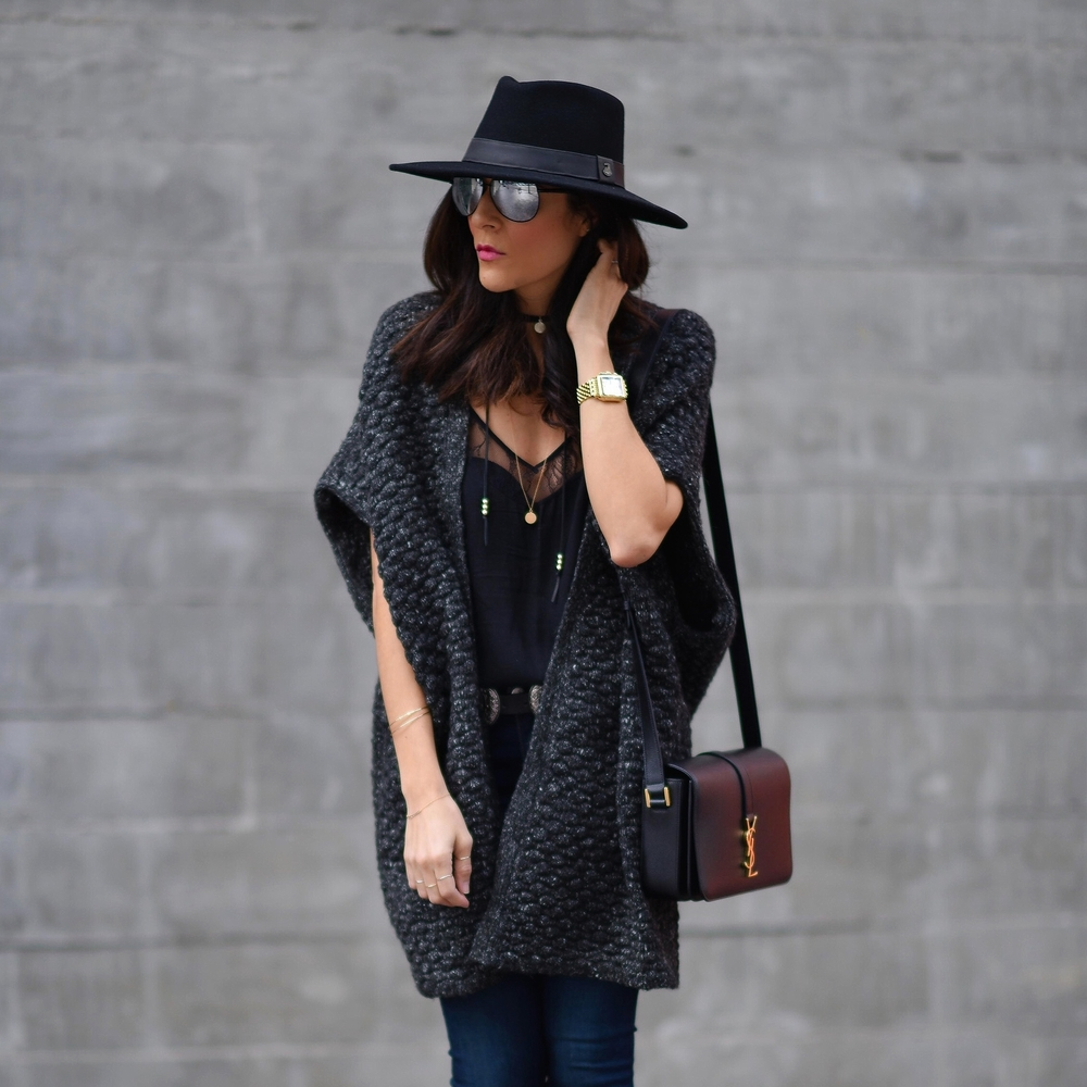 EcuaAndinoHats_Rag&Bone_SaintLaurent_ParpalaJewelry_SamEdelman_LucysWhims_FashionBlogger.jpg