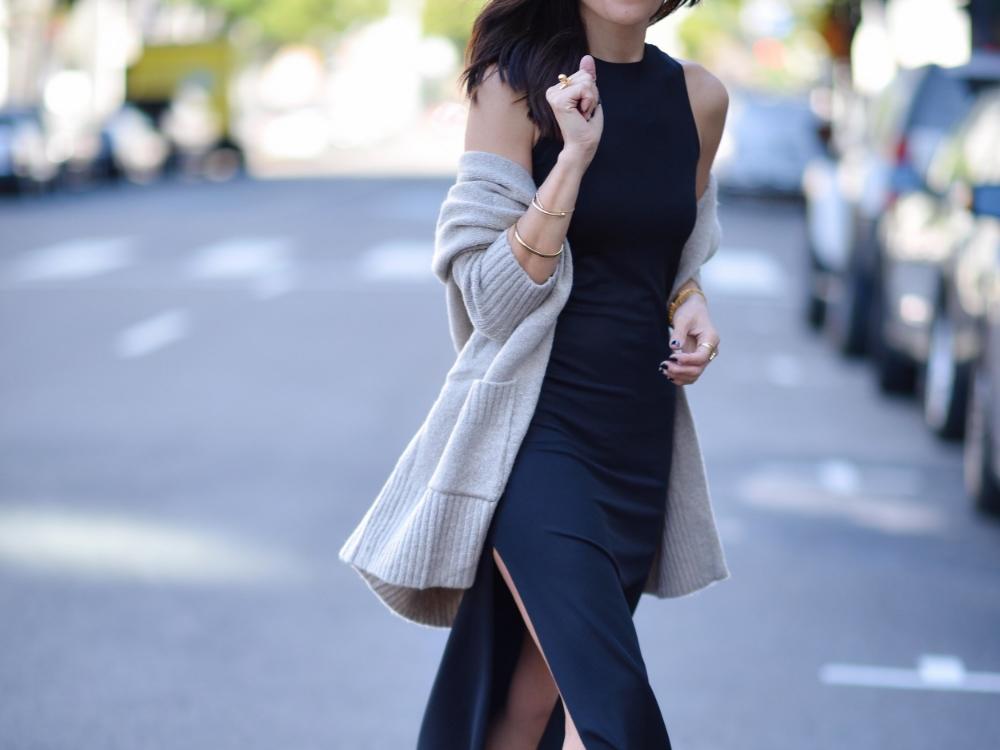 BodyCon_Zara_ManoloBlahnik_Streetstyle_FashionBlogger_ValentinesDay_OutfitInspo.jpg