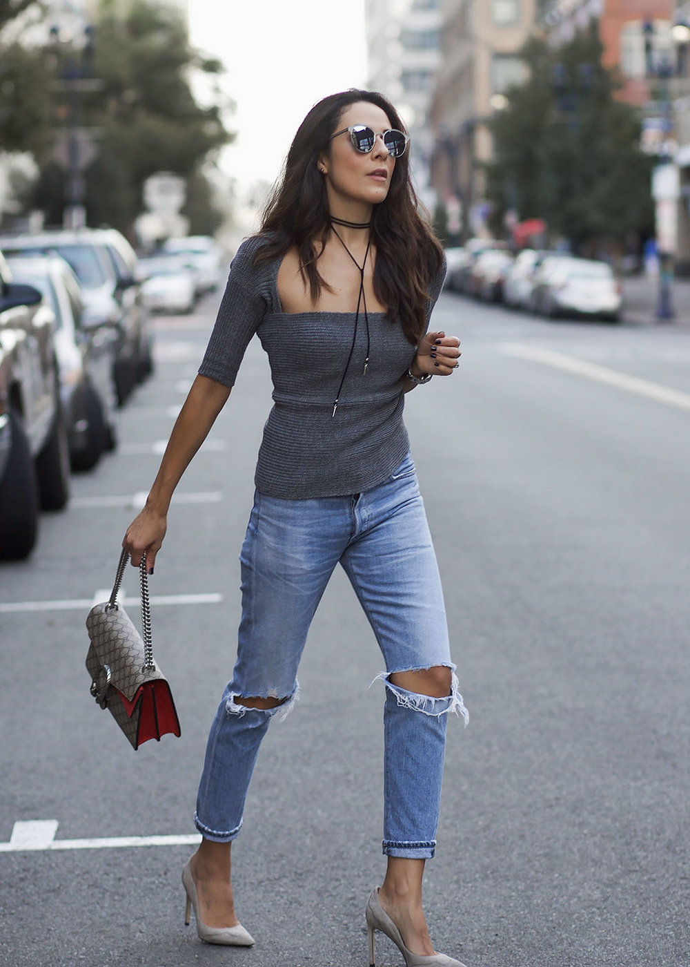 Streetstyle-Sweater-and-Ripped-Jeans.jpg