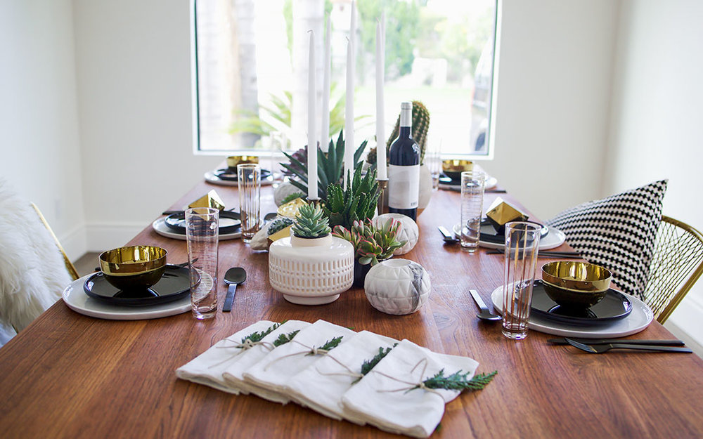 Holiday_Tablescape_Modern_Home_Decor_CB2.jpg