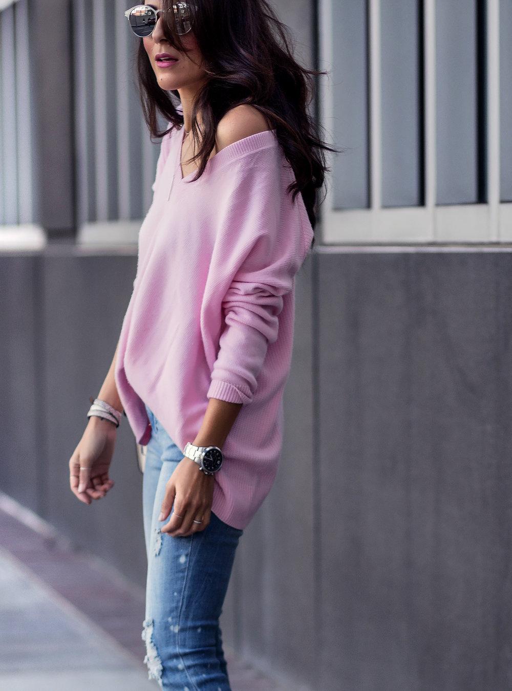 Pink_Sweater_Spring_Fashion.jpg