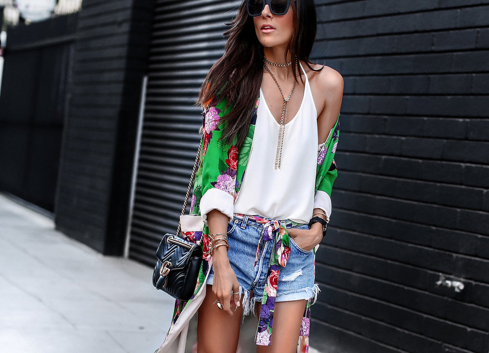 Kimono with Levis shorts gucci marmont bag.jpg