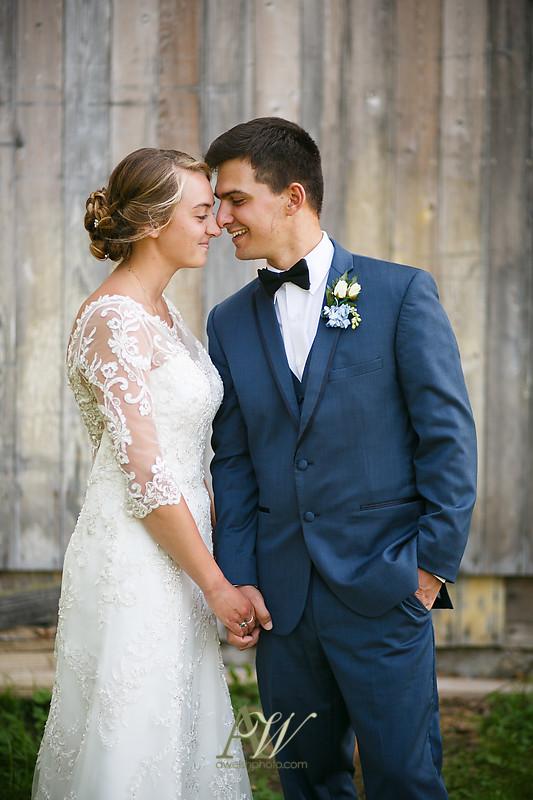 laura-mitchell-outdoor-sodus-rochester-ny-wedding-photographer14