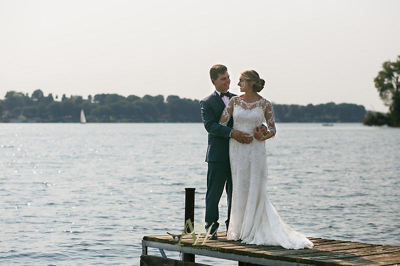 laura-mitchell-outdoor-sodus-rochester-ny-wedding-photographer17