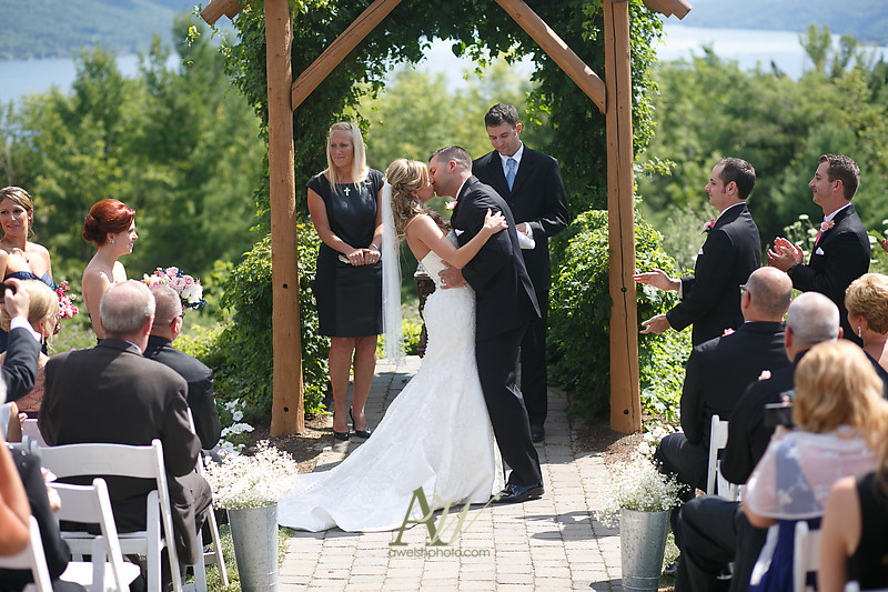 bristol-harbor-wedding-photographer-rochester-ny-hayley-phil16