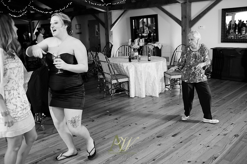 bristol-harbor-wedding-photographer-rochester-ny-hayley-phil28