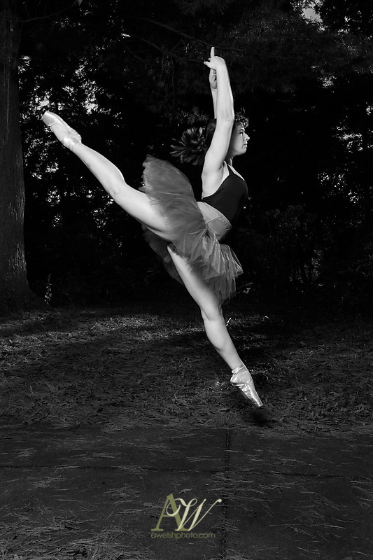 abbey-senior-portrait-photography-dancer-outdoors10