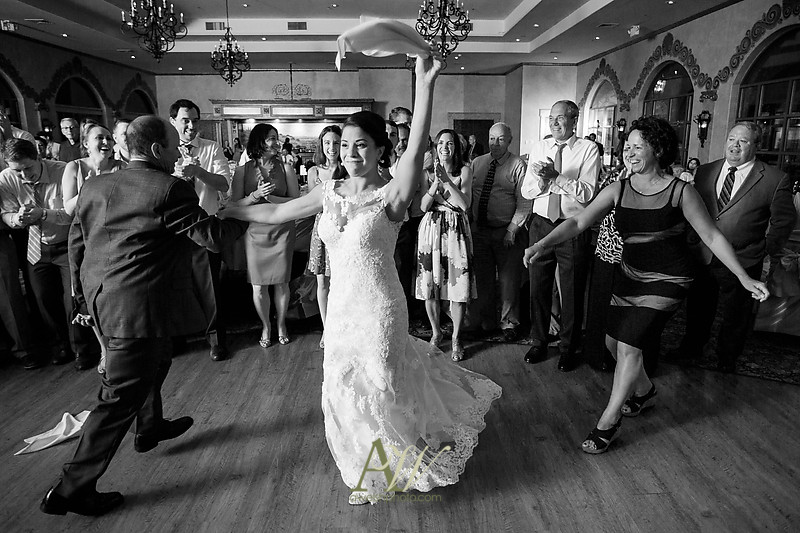 amanda-kellen-wedding-photographer-geneva-finger-lakes-ny42