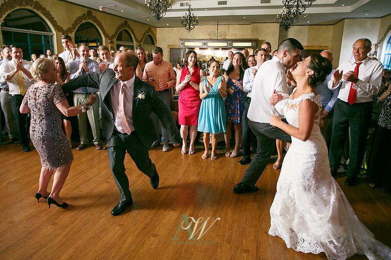 amanda-kellen-wedding-photographer-geneva-finger-lakes-ny45