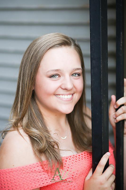 deanna-churchville-chili-high-school-senior-portrait-photo-rochester1
