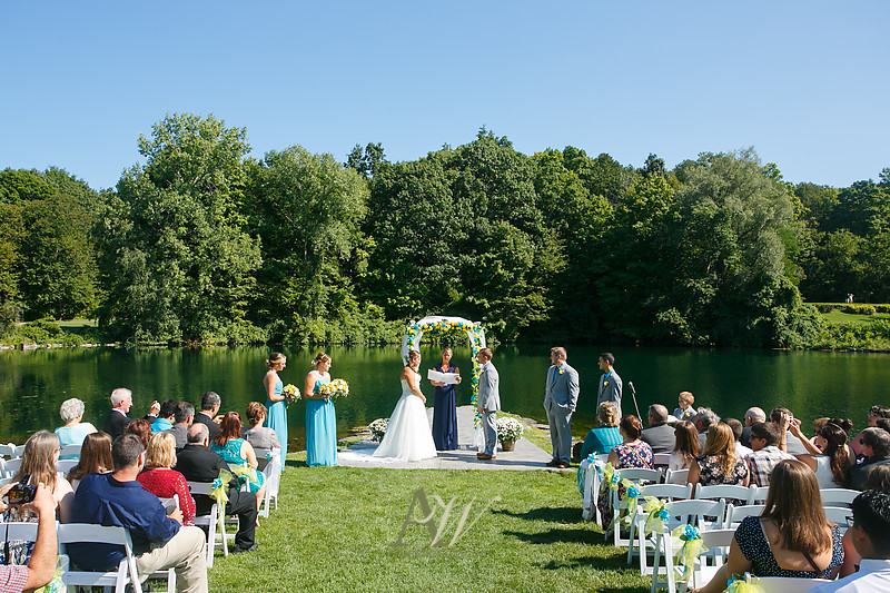 mandi-daniel-shadow-lake-rochester-ny-outdoor-wedding07