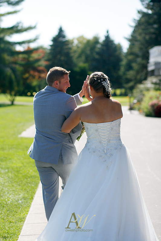 mandi-daniel-shadow-lake-rochester-ny-outdoor-wedding12