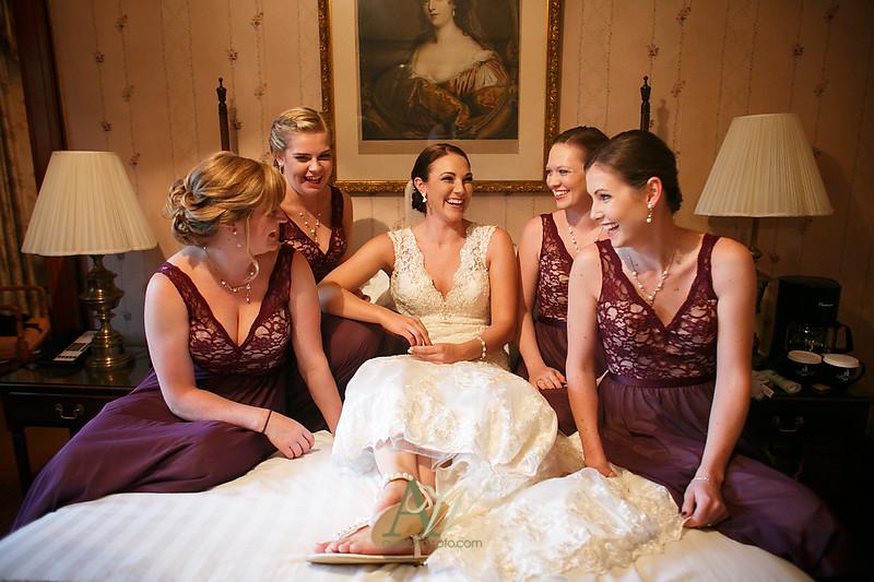 Alyssa-Sam-Geneva-NY-Belhurst-Wedding-Photos11