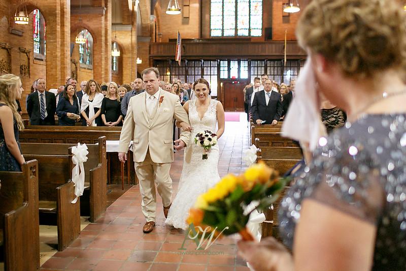 Alyssa-Sam-Geneva-NY-Belhurst-Wedding-Photos13