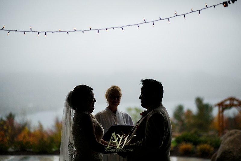 lisa-brandon-bristol-harbor-resort-fall-wedding21