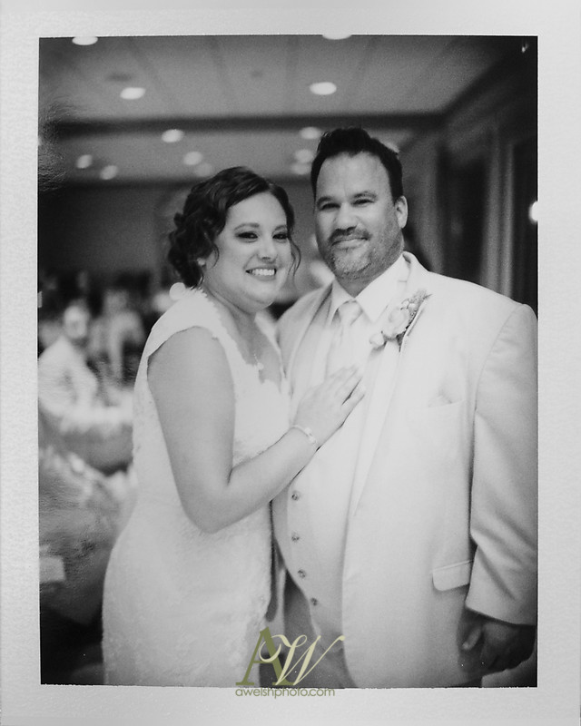 lisa-brandon-bristol-harbor-resort-fall-wedding36