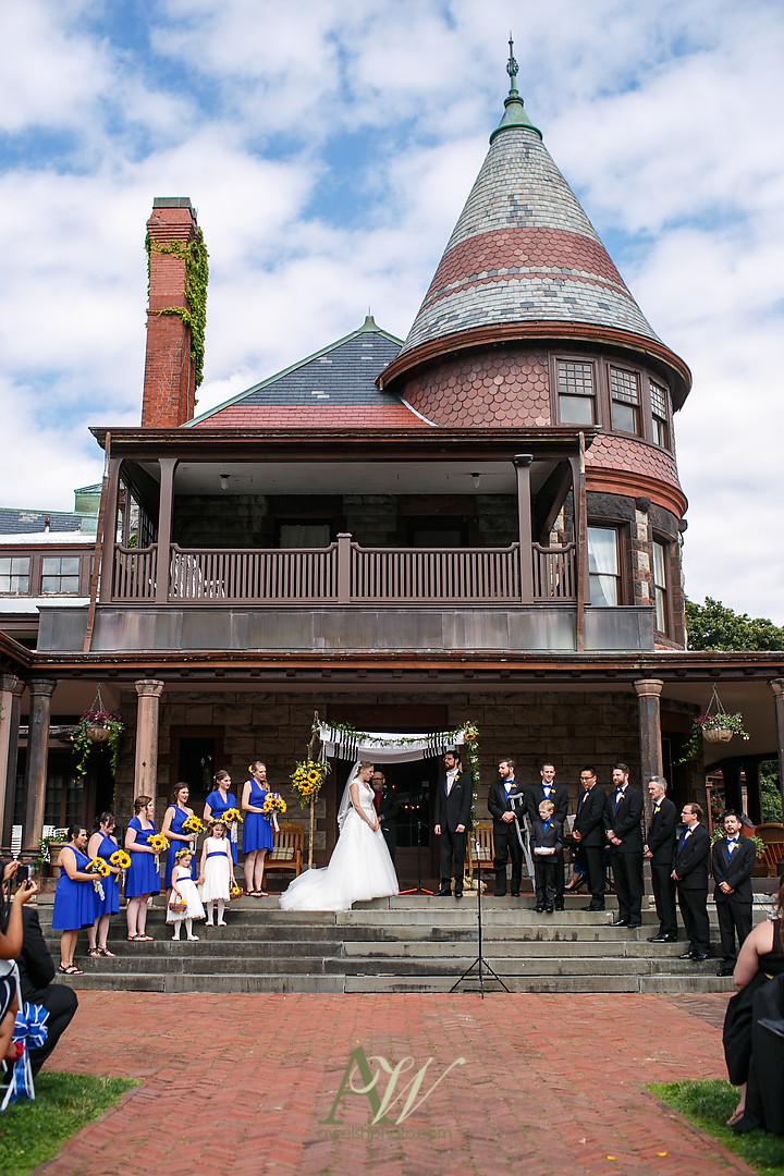 mandy-eric-sonnenberg-canandaigua-rochester-ny-outdoor-wedding15.jpg