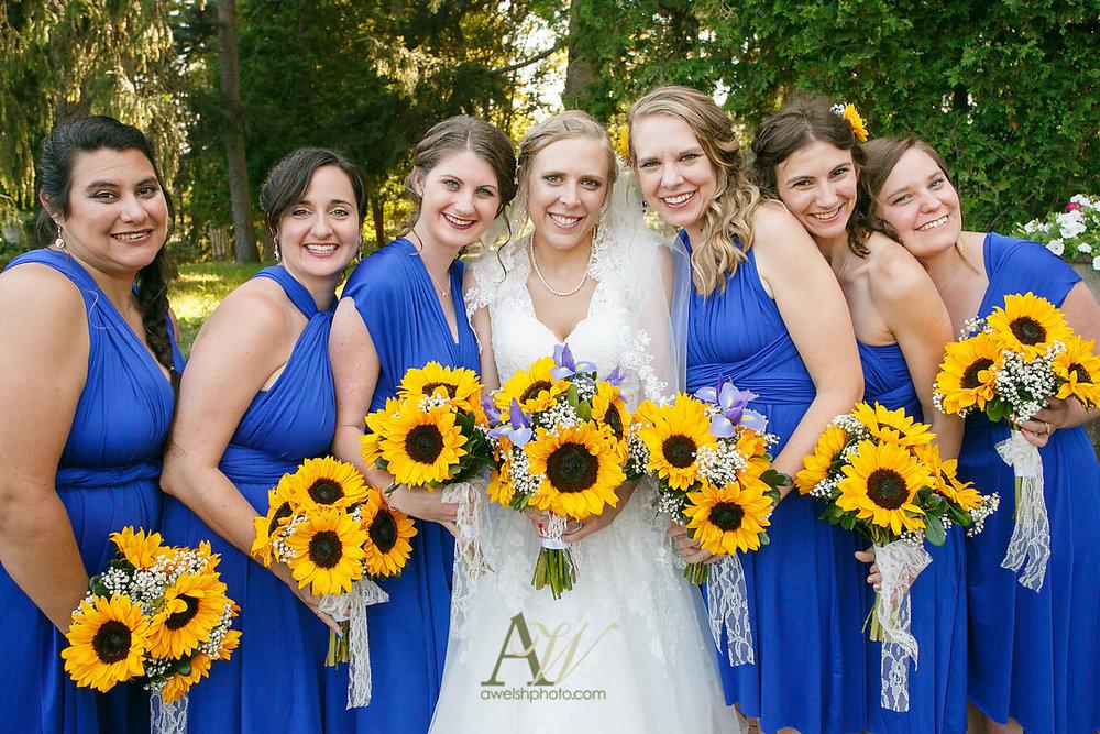 mandy-eric-sonnenberg-canandaigua-rochester-ny-outdoor-wedding23.jpg