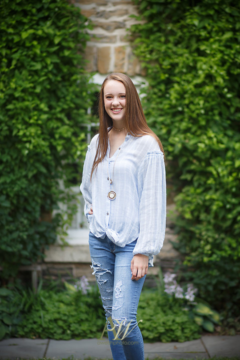 morgan-penfield-senior-portraits-rochester02.jpg