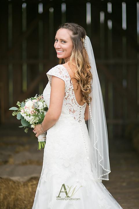 Nicole-Ryan-Palmyra-NY-Barn-Wedding-Rochester25.jpg