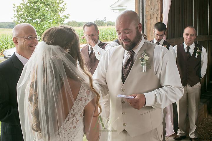 Nicole-Ryan-Palmyra-NY-Barn-Wedding-Rochester15.jpg