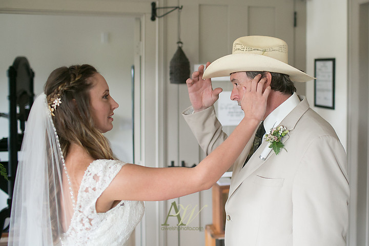 Nicole-Ryan-Palmyra-NY-Barn-Wedding-Rochester10.jpg