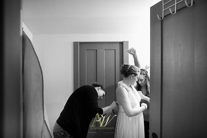 Nicole-Ryan-Palmyra-NY-Barn-Wedding-Rochester03.jpg